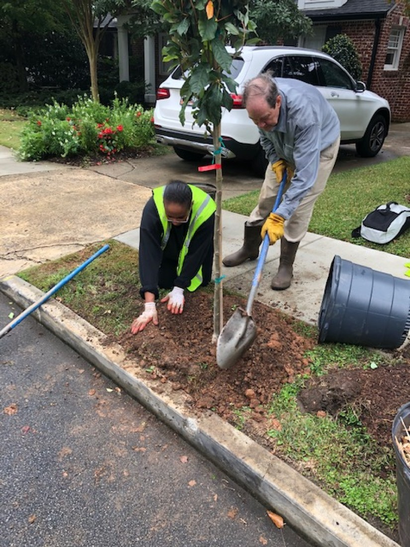 Swift Currie planting trees with Trees Atlanta